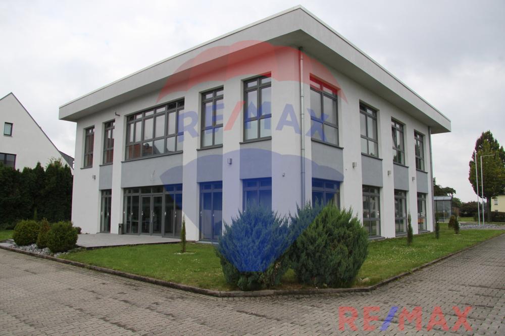 Bürogebäude zentral und mit guter Verkehrsanbindung